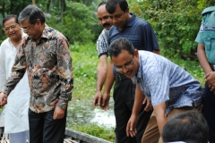 1_First-Cleaninig-of-the-River-on-14-September-2013-31