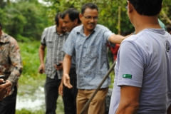 First-Cleaninig-of-the-River-on-14-September-2013-33