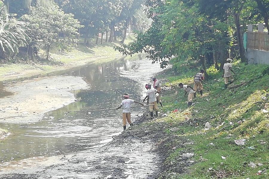 Cleaning On October 2018